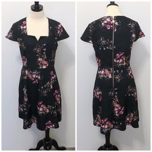 ModCloth Yumi Fit and Flare Floral Dress Size 6/8